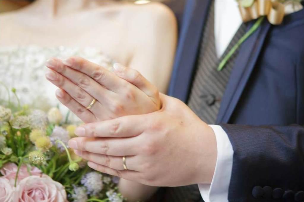 西鉄グランドホテル結婚式 森園様ご夫妻 画像5